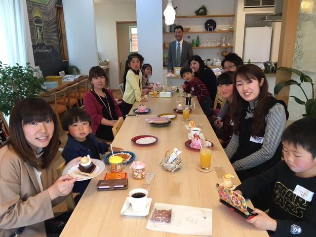12月15日(金)ママの女子会☆ぷるぷるリップクリームづくりミニ講座付(さいたま市北区)